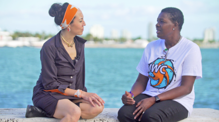Marisa Morán Jahn interviews her collaborator June Barrett, a Miami-based caregiver and member of the National Domestic Workers Alliance. Photo by Marc Shavitz, 2017.