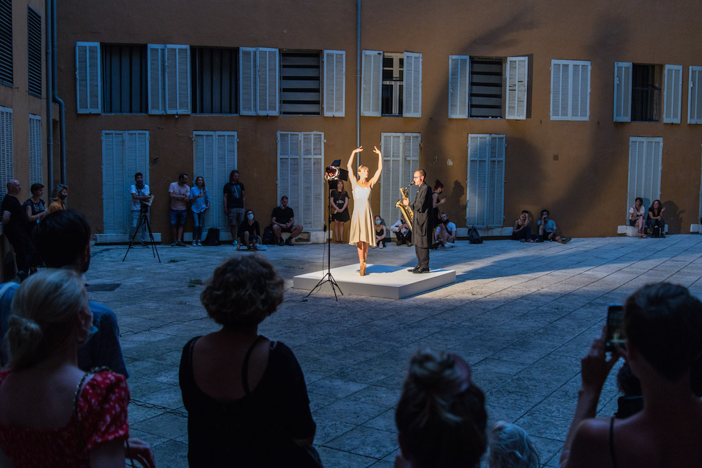 Lina Lapelytė, Pirouette, Opening Roots to routes, Photo by Aurélien Meimaris, courtesy of Routes to roots, Manifesta 13, Marseille, 2020